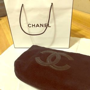 💕Chanel Precision VIP Velour Makeup Bag- Black💕